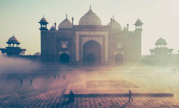 Taj Mahal Road Trip Evasion