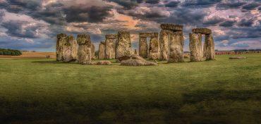 stonehenge Road Trip Evasion